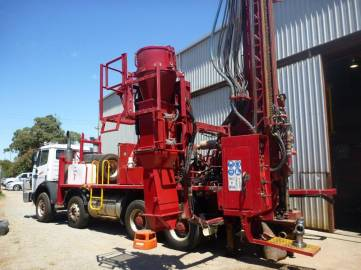 The Schramm RC Drilling Rig has an onboard cyclone and splitter system to ensure sample quality.